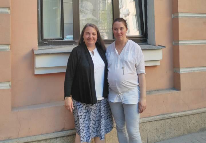 Американская акушерка Диана Гослинг на конференции журналов Midwifery today и Домашний ребенок в Санкт-Петербурге 11-15 мая 2016 года